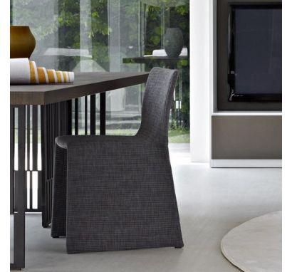 Glove Plissé Chair