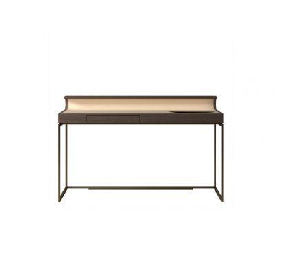 Chi Wing Lo Plai Desk