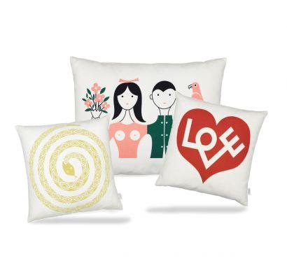 Graphic Print Pillows