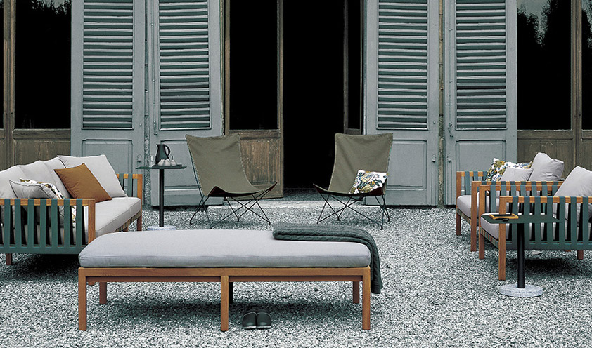 Designer deck chairs for relaxing in style