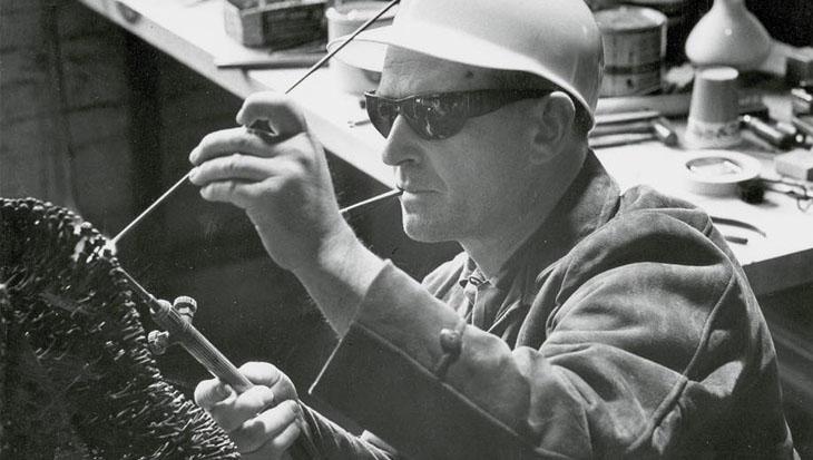 Harry Bertoia at work