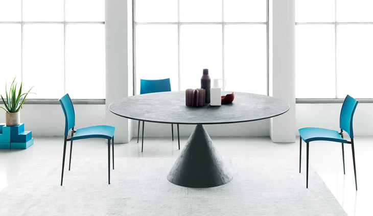 Desalto Clay Table