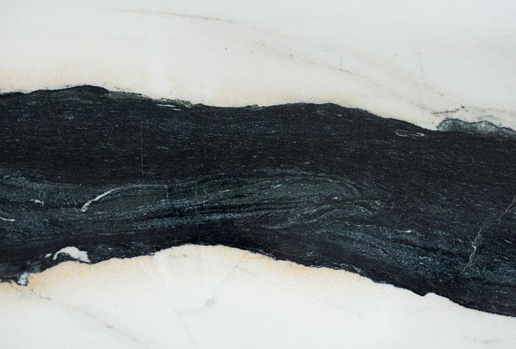 Lorenzo-Palizzolo-casa-sciame-marmo