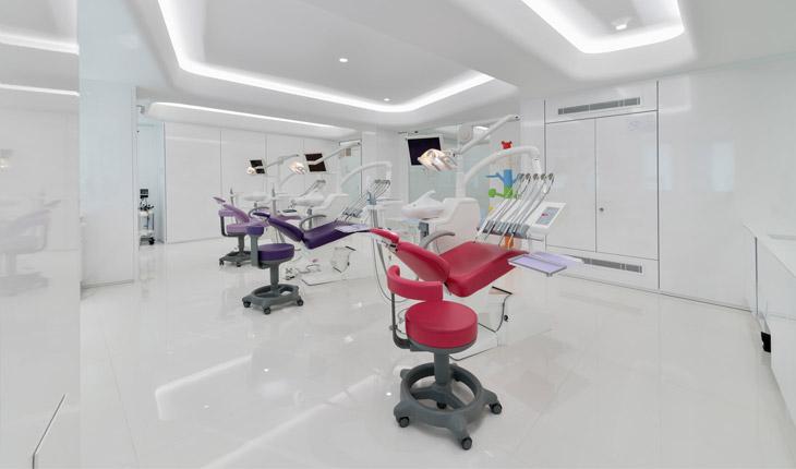 Cutrera dental clinic operative room 2
