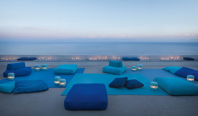 Ray rug by Paola Lenti