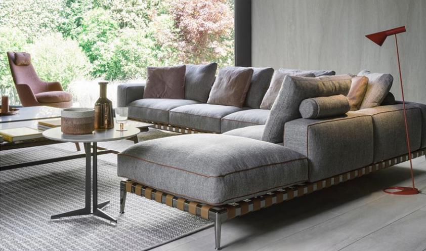 Gregory sofa by Flexform