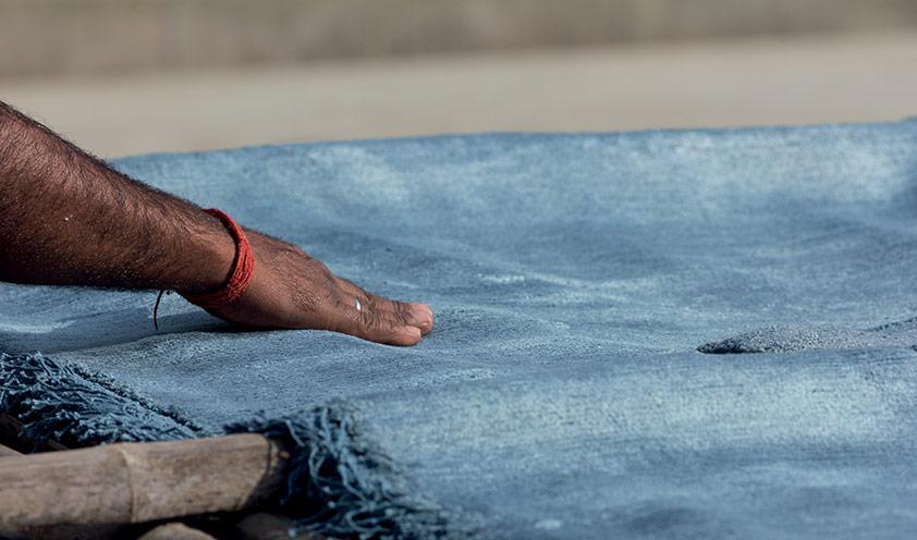 cc-tapis drying in the sun