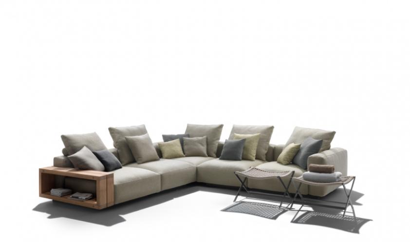 Grandemare sofa by Flexform